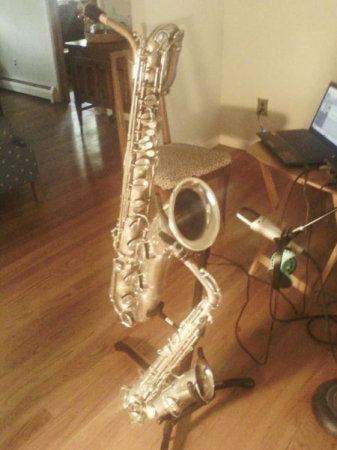 I teach all saxophones and actively record and perform on alto, tenor and baritone saxophone.