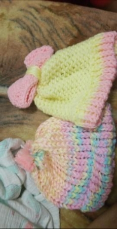 Knit Infant Girls hat