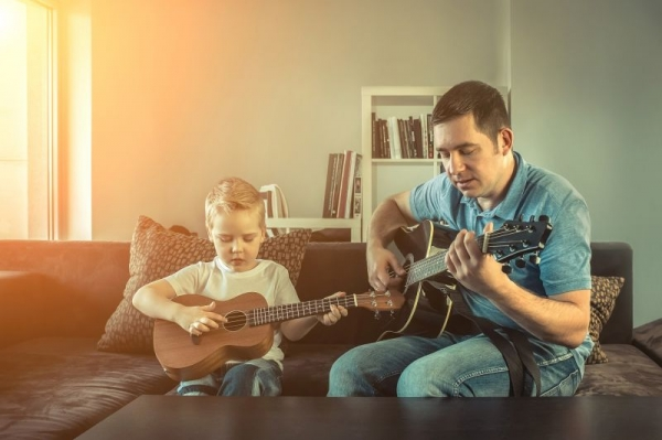 Ukulele Lessons with Trevor Willmott at Guitar Lesson Pros Nashville - The Nations