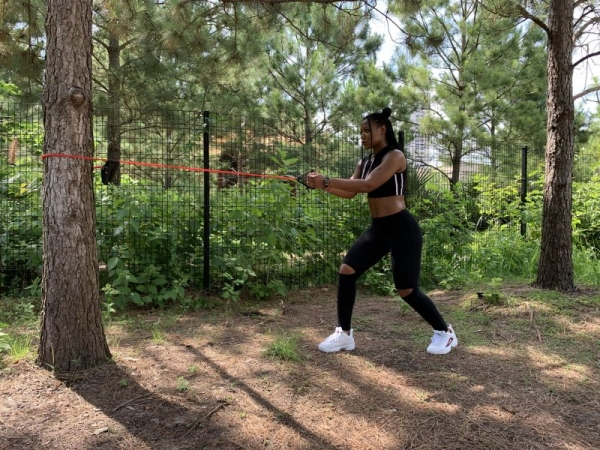 Outdoor workouts are great for burning DOUBLE the calories! Resistance band row