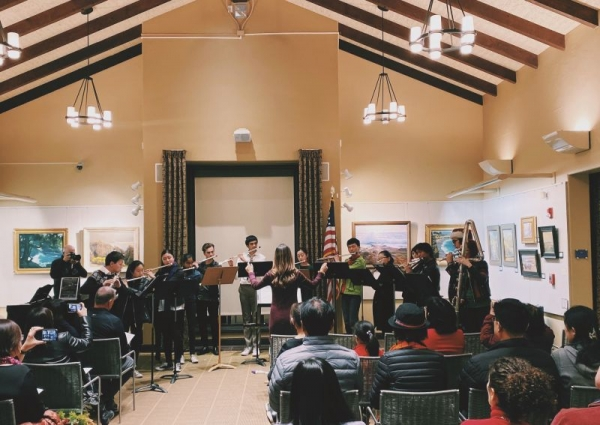 San Diego Flute Orchestra conducted by Catherine Marshall