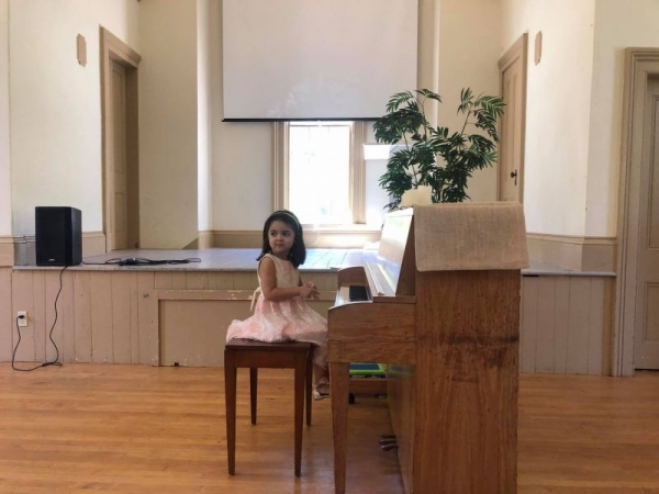 My then 3yo daughters first piano rectal :)