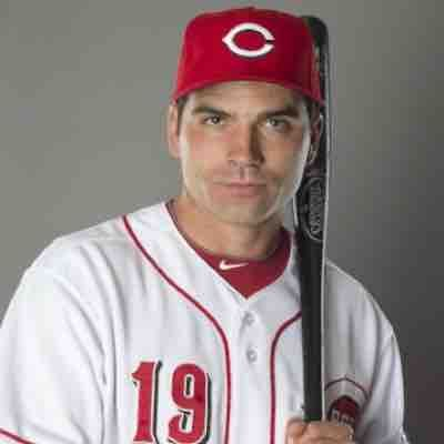 Joey Votto learning Japanese! He is a Canadian professional baseball for Cincinnati Reds of Major League Baseball.