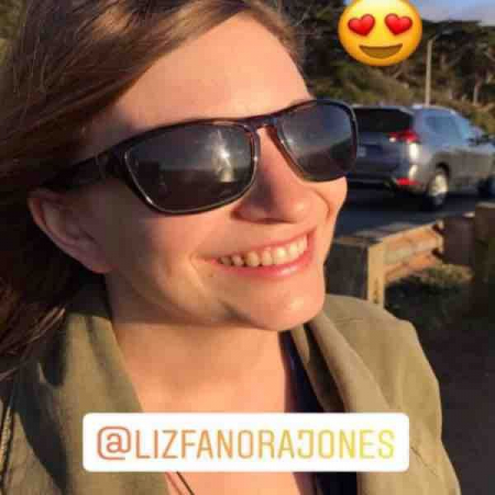Liz Fanora Music -taken by my bestie! 💗