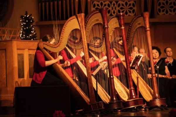 Performing with Nurture Harps, in December 2020!