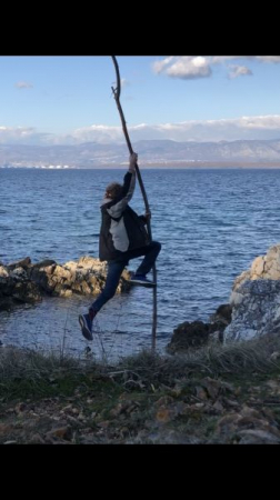Pole vaulting with driftwood