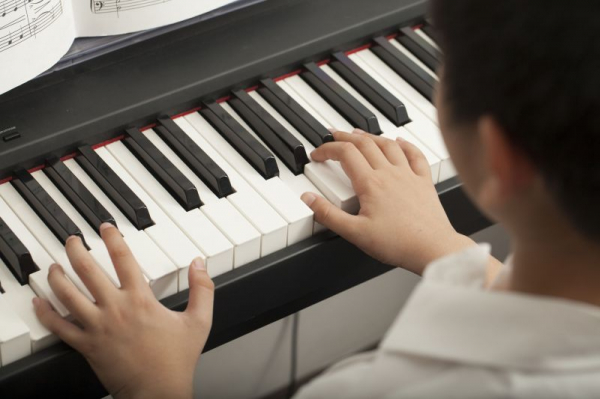 Specializing in helping young students develop strong musical knowledge and foundation :)