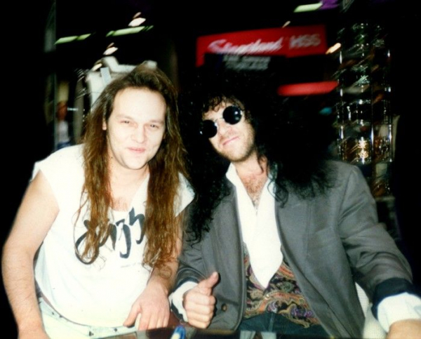Eric Carr at NAMM and what amazing humble person & playing in the #1 Iconic Rock Show band in History