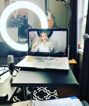 Online Voice Lessons through Zoom, Skype or FaceTime!
