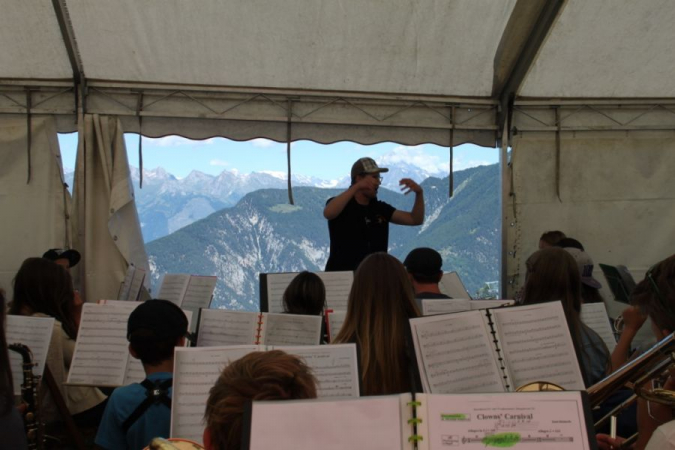 Teaching a 60 musicians Wind Band in the Alps.