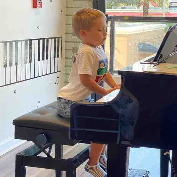 Piano Lessons for 2.5 years old student