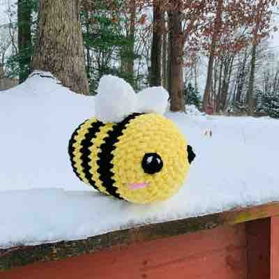Giant bee!! Made from sweet snuggles yarn