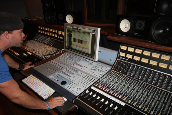 Studio A Signature Sound Studios, ProTools for Songbirds & Lions