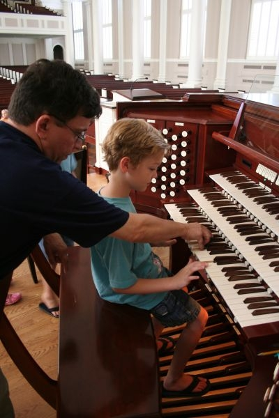 """My Organ Camp: """"Pipes, Pedals and Pizza"""" is held every year during the summer months"""