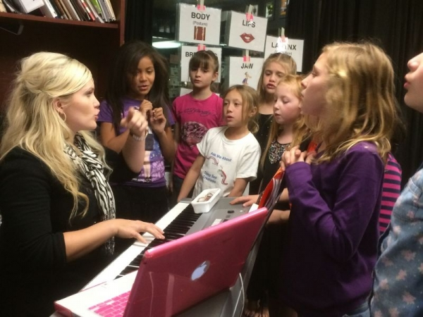 Teaching a Glee Vocal Class for Children
