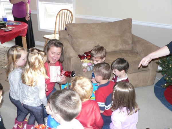 A special activity with toddlers and early preschoolers.