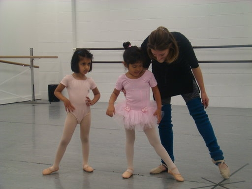 Focusing on proper pointing technique for tendu