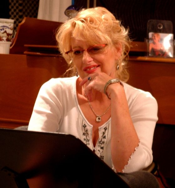 Working on some new music in the recording studio I owned in 2007. Blonde, redhead, glasses and no glasses - I always keep you guessing!