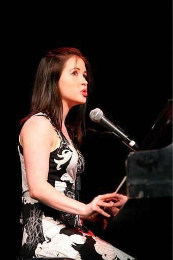 Performing for the American Musical Theater Project at Northwestern University, 2007
