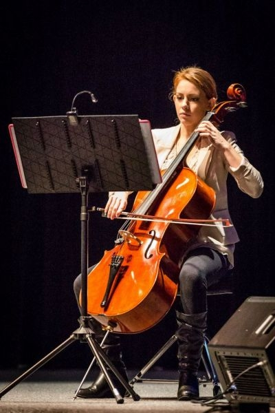 That's me, performing on my brand new cello!