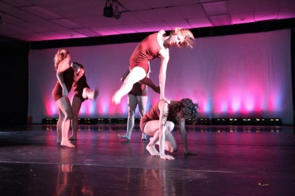 Performance with EDP Dance Company