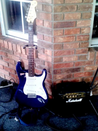 Fender Stratocaster and Marshall MG10 CD Amp