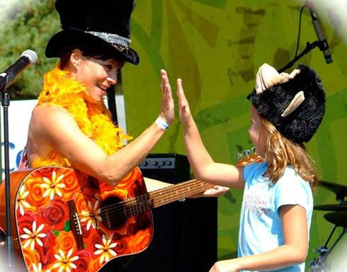 Sherri and her Little Animal Band perfornance 2011 at PNC Bank Arts Center