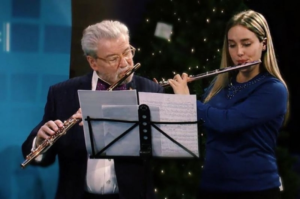 Performing with Sir James Galway, 2014