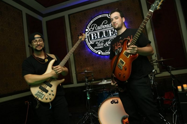 Gigging at Railroad Blues - Miami, FL