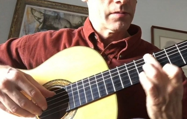 Demonstrating right hand technique in an online lesson...