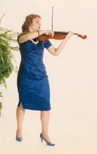 Carolyn Waters Broe - Violist