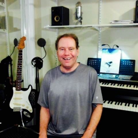 Steven B - Piano - Guitar - Voice - ProTools - Songwriting Teacher