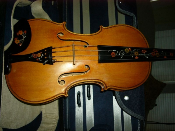 14inch bench made viola with custom inlaid fingerboard, tailpiece and chin rest,  by my husband, Robert. 2014