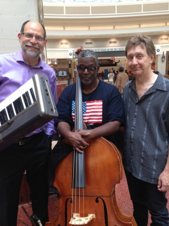 Jim Pearce Trio at Atlanta Airport.