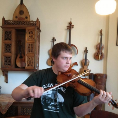 Playing an $8,000,000 real Stradivarius in Chicago.