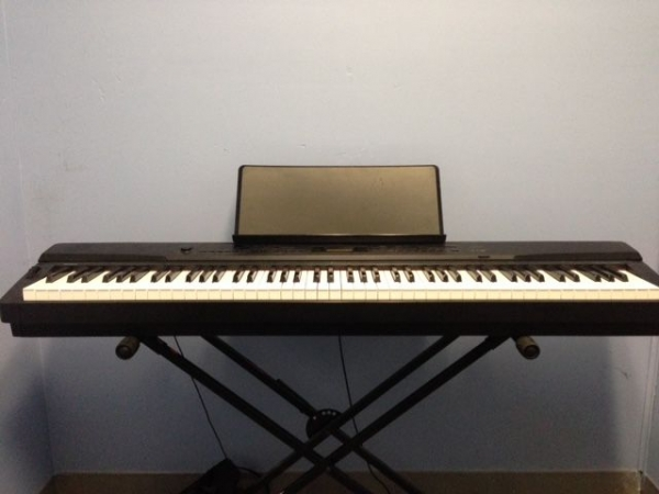 Full 88 keyboard with weighted action Jackson's Music.