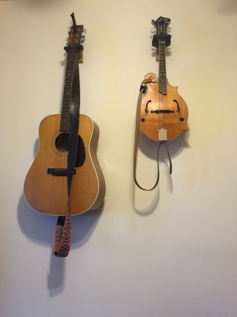 Acoustic and mandolin hangin up in the studio!