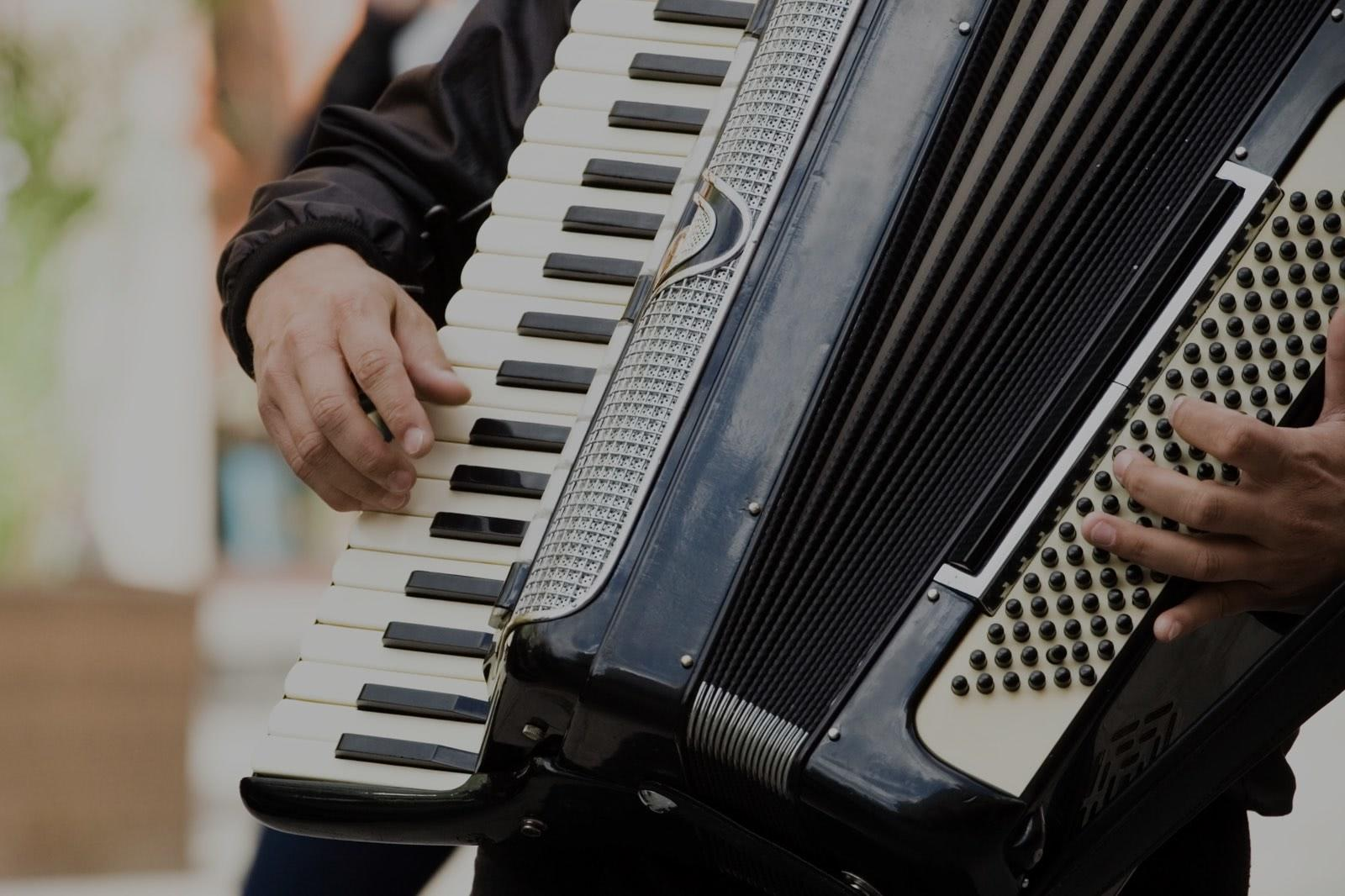 Picture of accordion lessons in Eugene, OR
