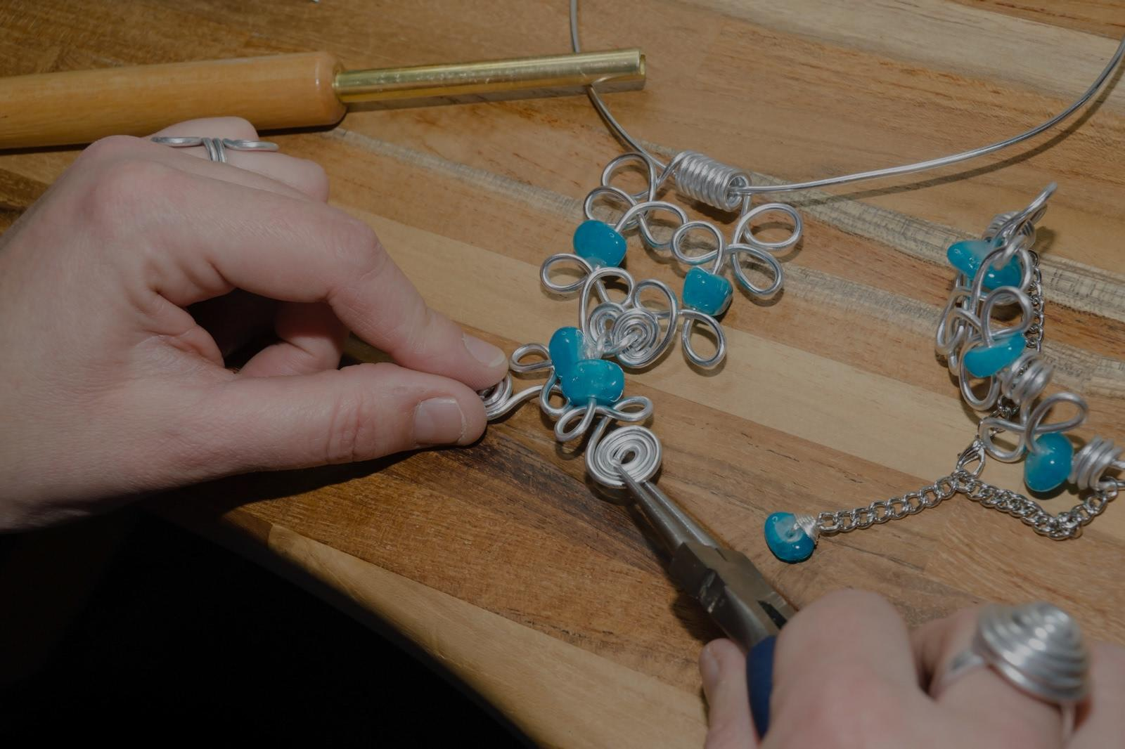 Picture of jewelry design lessons in Richmond Hill, NY
