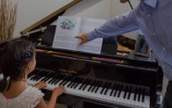 Live piano courses and classes